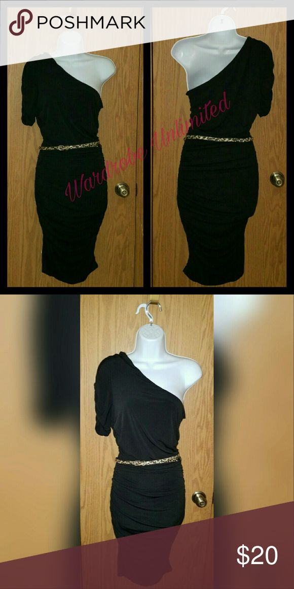 Black Sofia Vegara Dress You'll be sure to turn heads in the little black dress of all little black dresses Sofia Vegara  Dresses