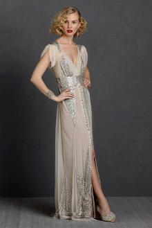 Wedding Gowns That Evoke A Bygone Era