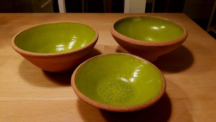 Femøler med grøn glasur.
