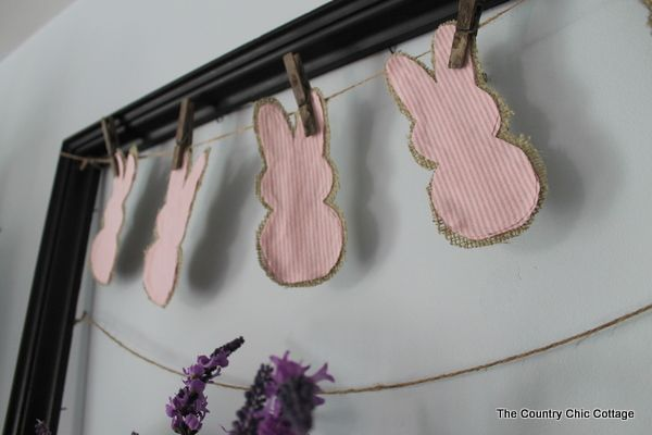 Rustic Peeps Bunny Garland ~ * THE COUNTRY CHIC COTTAGE (DIY, Home Decor, Crafts, Farmhouse)