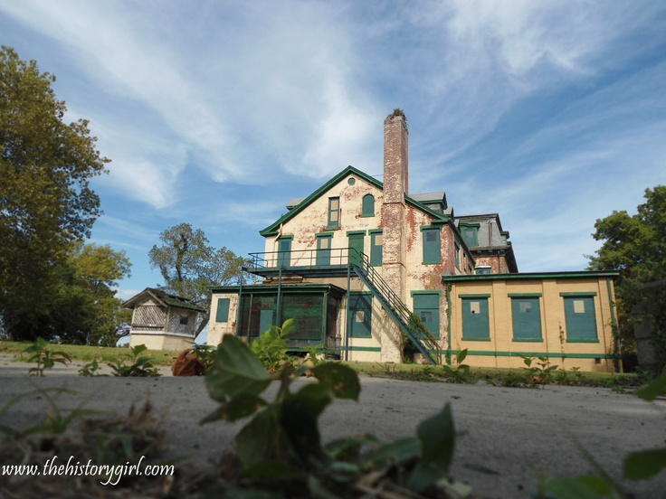Originally built to house proving ground officers, it became the Officer's Club at Sandy Hook in the 1920s. Constructed in 1878, it is the second oldest masonry structure after the lighthouse. Discover more history at www.thehistorygirl.com
