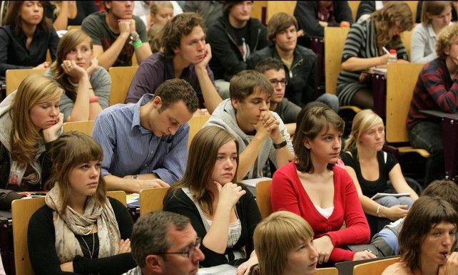 1 op 10 generatiestudenten hoger onderwijs haalt onvoldoende studiepunten | Onderwijs | De Morgen