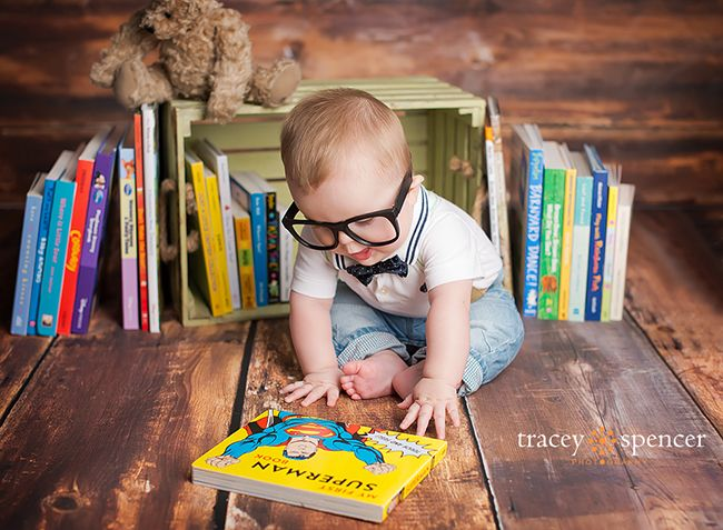 Superman theme first birthday photo - LOVE IT! - by Tracey Spencer Photography