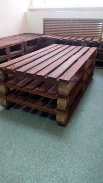 Economical homemade sofa from pallets  DIY is FUN
