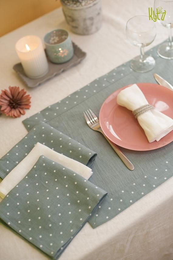 Wedding Placemats Fabric Placemats Linen Placemats Rustic Etsy In 2021 Fabric Placemats Wedding Placemats Linen Placemats