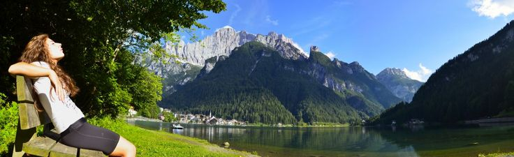 Relax on the shore of Alleghe Lake #dolomitistars