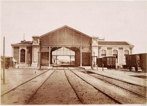 Baldus Edouard - La gare de Toulon, vue depuis les voies ferrées