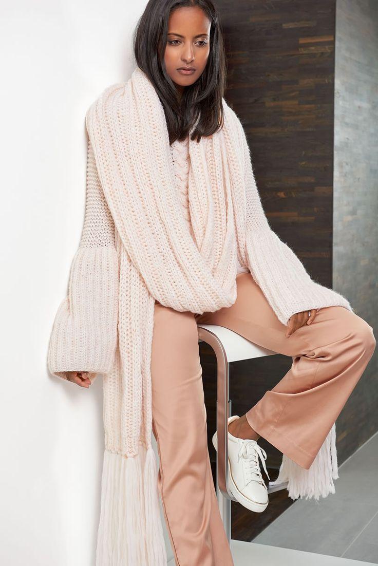 Lana Grossa XXL - SCHAL Lala Berlin Softness - Design Special No. 4 - Modell 8 | FILATI.cc WebShop