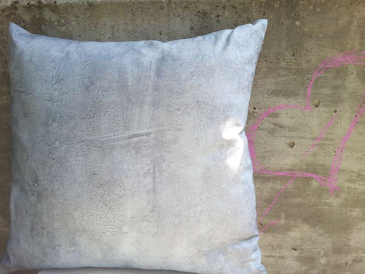 Kissenhülle Beton, minimalistisch und modern. Reißverschluss in der unteren Naht, 45 cm x 45 cm, 100% Baumwolle, andere Größen auf Anfrage.