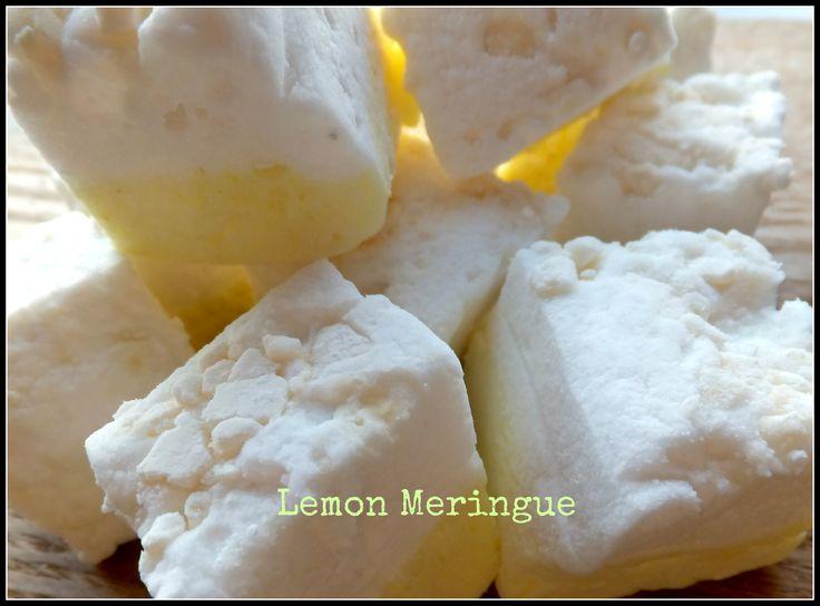 Lemon Meringue handmade marshmallow made with zingy lemon juice & organic lemon oil topped with meringue crumble