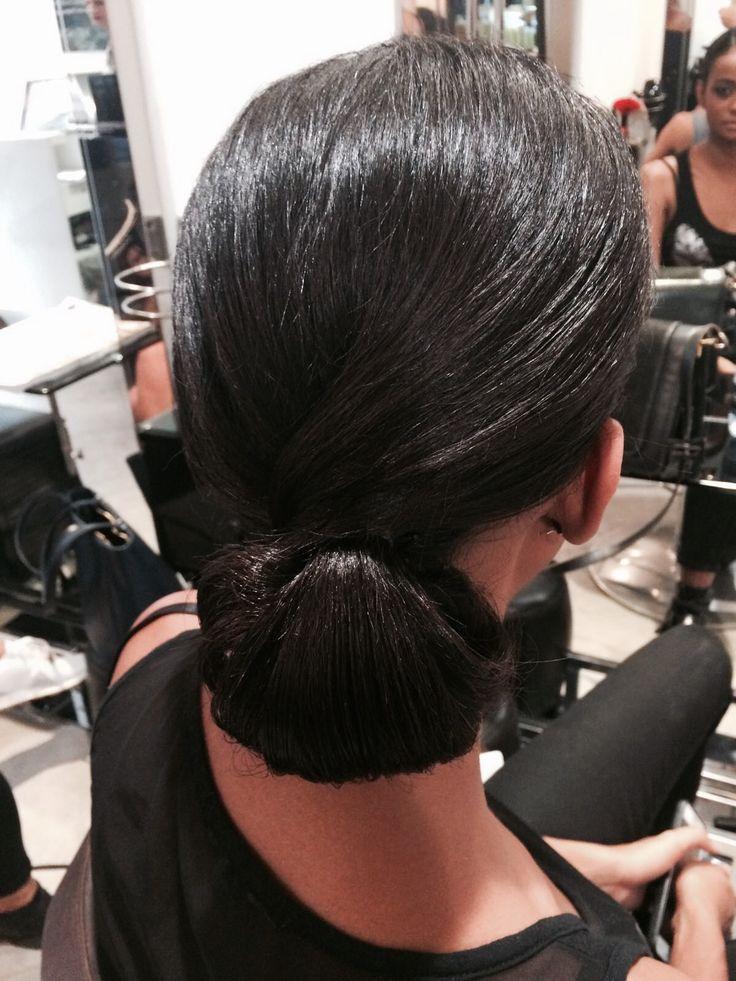 Défilé Chopard avec #coiffures par Eleonora et #maquillage par Gaelle pour #ericzemmourmonacoII ✨ #ericzemmour #monaco #montecarlo #lorealpro #iamlorealpro #hairstyles #chopard #chopardmonaco #fashion #show #backstage  #makeup #behindthechair #hairup #hairporn #hairinspiration #hairideas #best #hair #hairsalon #followme #hairdresser #ericzemmourmonaco