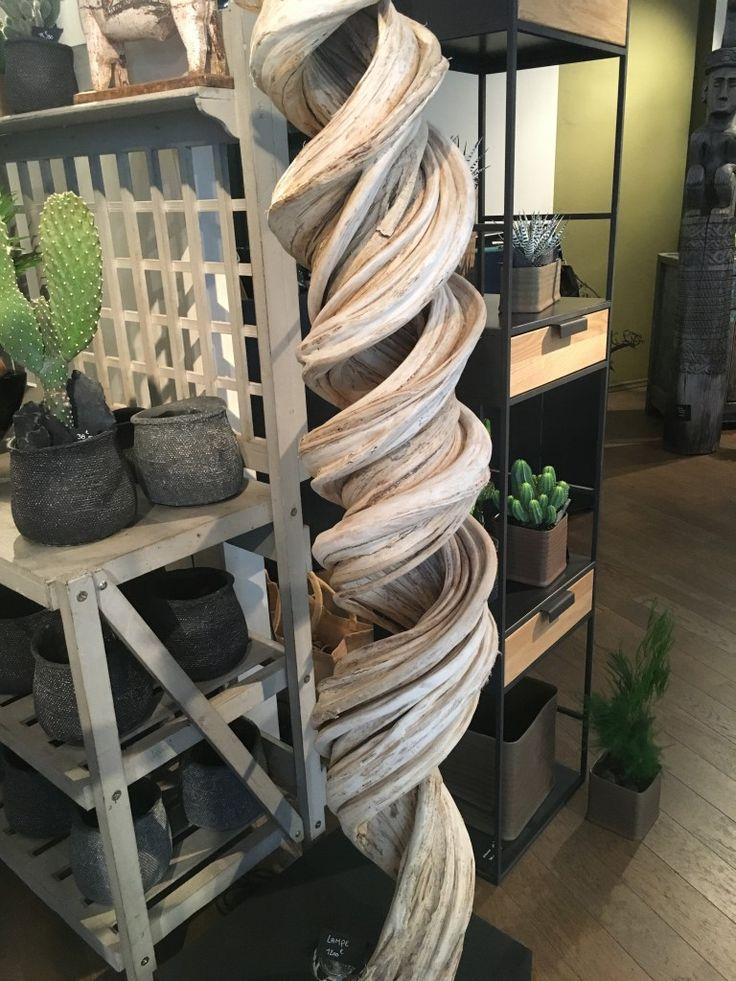 Galerie OSCAR http://galerieoscar.com/kind-of-a-forest/