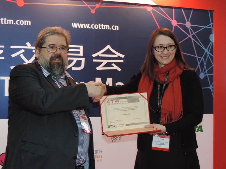 Congratulations to VisitAberdeen for winning the bronze CTW Award in Marketing! Here is Ms. Jenni Fraser with COTRI director Prof. Dr. Wolfgang Georg Arlt.