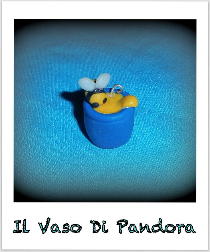 Fimo, Vasetto di miele con ape, colore del vasetto disponibile tra blu, azzurro, rosso, marrone, arancione, verde, nero, bianco, viola, rosa pallido, grigio  disponibile come orecchini/collana/portachiavi