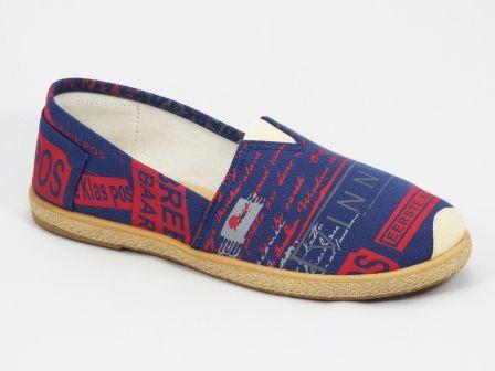 Espadrile barbati albastreGruyo   Material exterior:material textil de culoafre alba cu insertii de albastru si rosu. Material interior: textil.   Talpa foarte comoda.