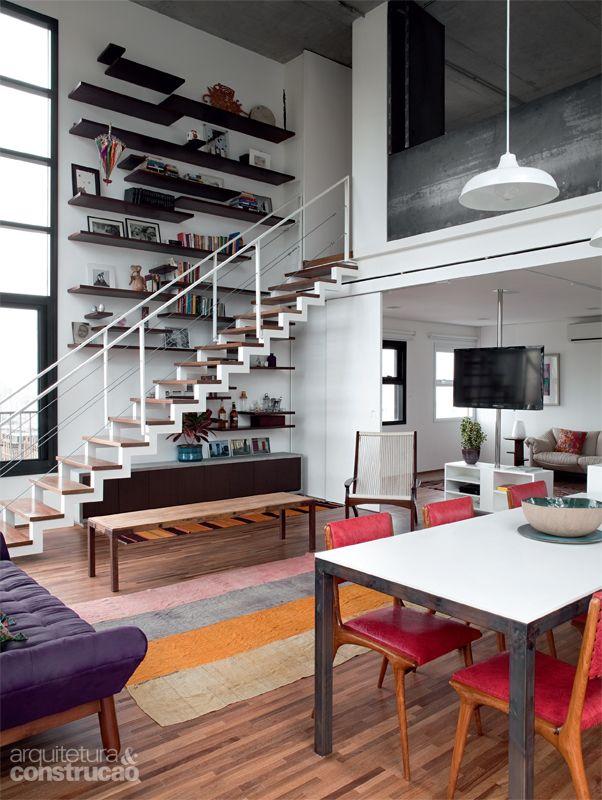 Apartamento com planta livre tem mezanino e cozinha aberta - Casa