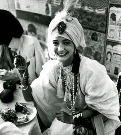 Loulou de la Falaise in the swinging London of the early 70s dining at Mr Chow's Fashionable restaurant in Knightsbridge.