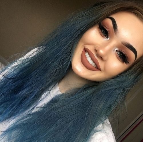 grafika blue hair, girl girls makeup, and luxury+noir+shoe