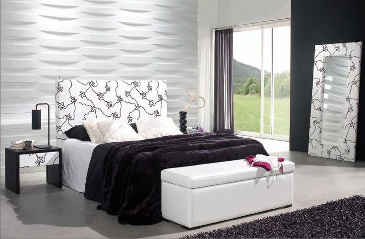 Modell Skien. Polstret sengegavl i stoff originalt og elegant design. Leveres i to farger sølv og hvit.