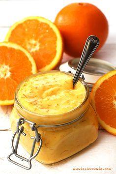 Orange curd czyli wspaniały angielski krem pomarańczowy. Doskonały jako dodatek do przeróżnych deserów, lodów, ciast i owoców. W mroź...