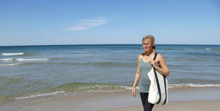 easy living - Karina Helsted Moe with our handy Big yoga bag.