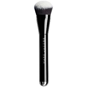 Marc Jacobs Beauty - The Face II - Sculpting Foundation Brush No. 2 Need it!