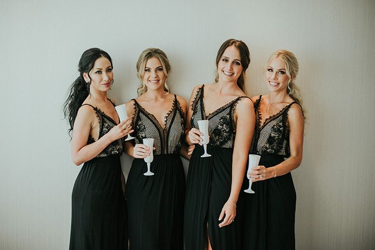 Love these bridesmaids dresses!