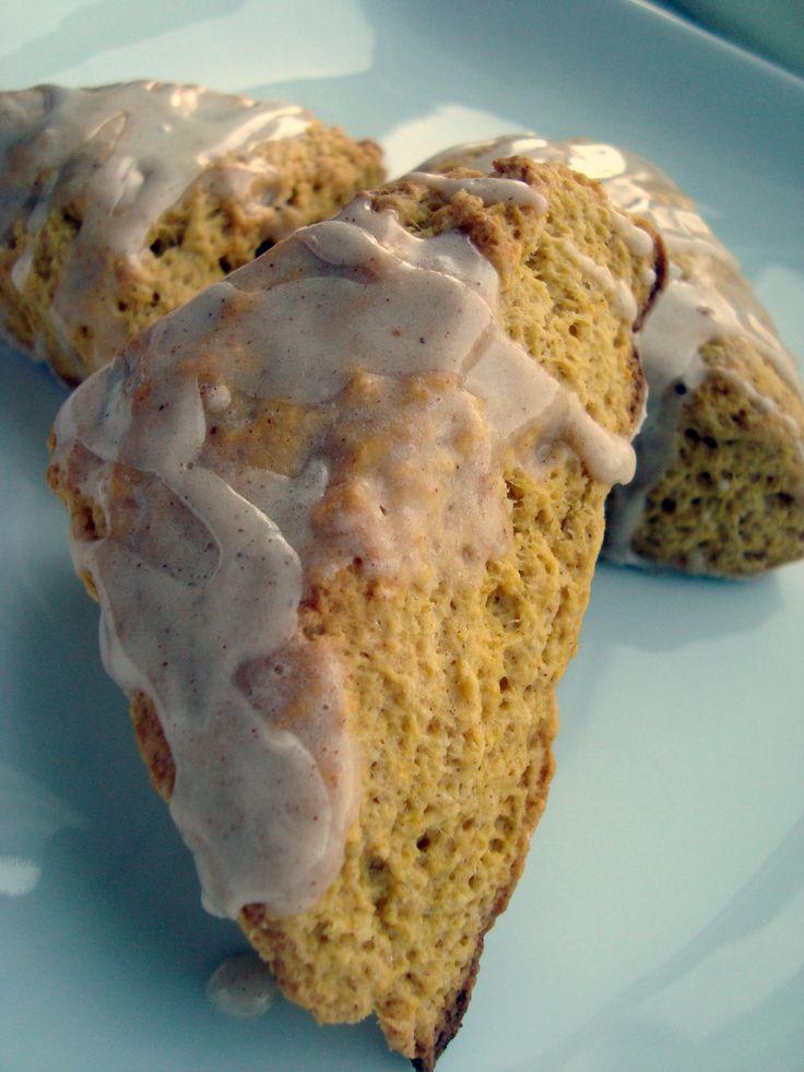 FALL FOOD: pumpkin scones