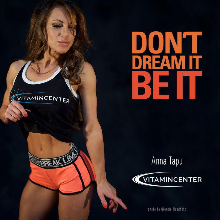 DON'T DREAM IT, BE IT! #MotivationMonday    Buon lunedì di allenamento by => www.vitamincenter.it! #palestra   #allenamento   #buonlunedì   #fitness #bodybuilding