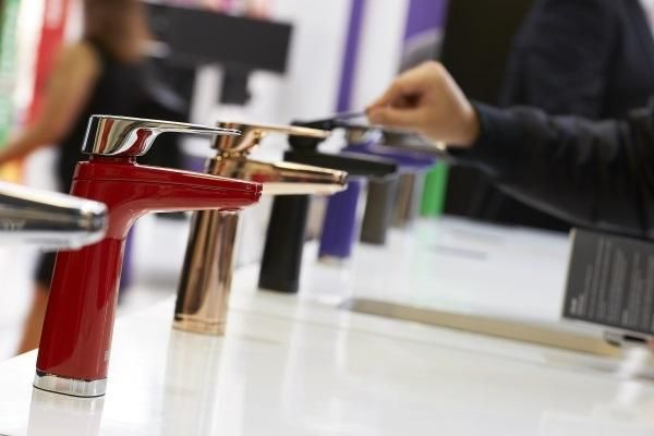 Billi UK LLP The stunning Aqua Genius range of boiling,chilled and sparkling dispensers was showcased by Billi UK at 100% Design show 23-26 September 2015. With 12 new colours on show, the feedback from visitors was overwhelmingly positive, with many orders promised in the days ahead. Put your own individual or corporate colours into your office teapoints! These taps are available to retrofit in existing installations too. #chooseyourfavourite #billitaps #interiordesign #design #innovation