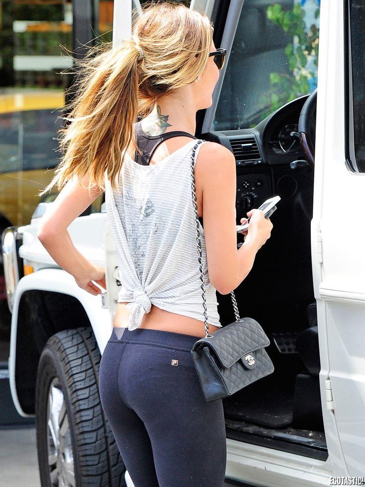 Big ass blonde hot pussy