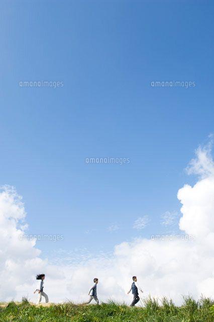 「草原 走る」の画像検索結果