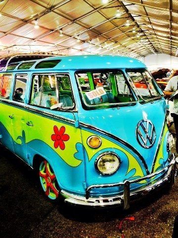 Mystery machine100K. Lime green and aqua color combination. That someone took the time to do this. #vw