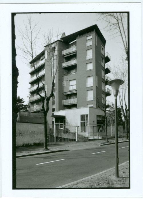 Asnago Vender - Wohnhaus Via Veneto 31-33, Mailand, 1967