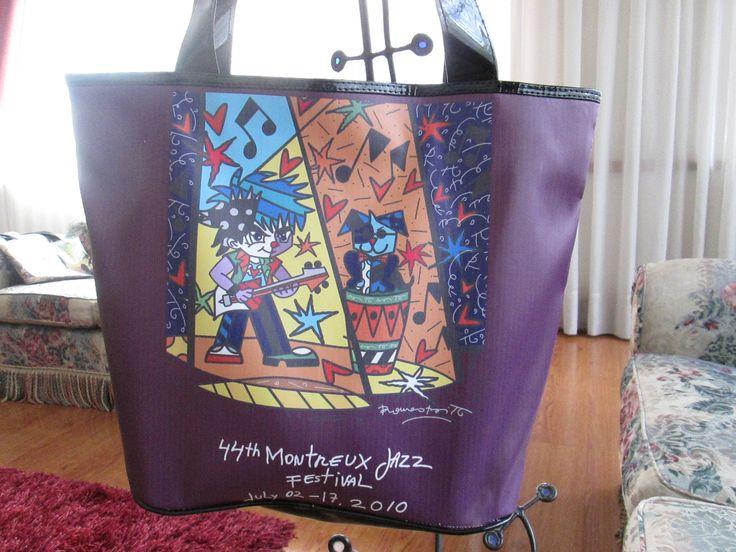 Cartera Montreux Jazz Dimensiones: 48x36cm