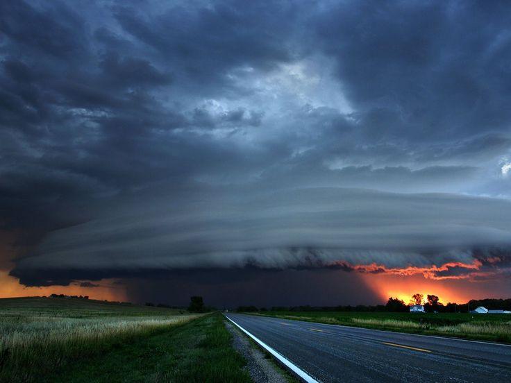 Backgrounds-tornado-wallpapers-hd-tornado-wallpaper-photos-23 ...