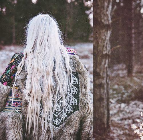 http://fashion.mediahurl.com/  #model -  #love  #warm style  white hair,  happy…
