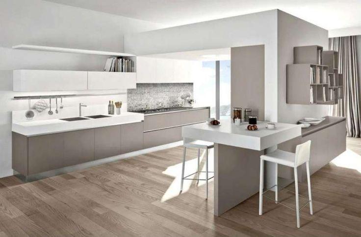 Abbinare il pavimento al rivestimento della cucina - Cucina moderna con parquet