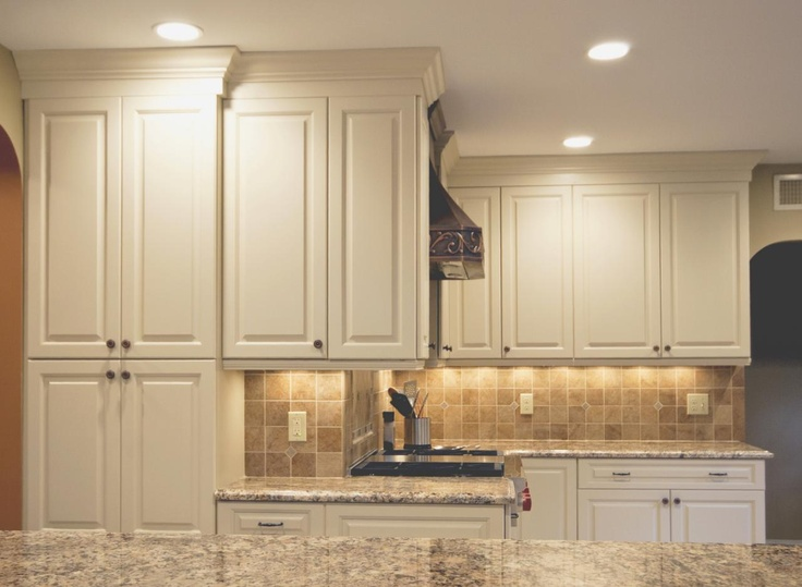Ivory Kitchen Cabinets With White Appliances