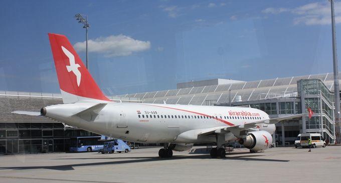 Air Arabia signs AFI KLM E