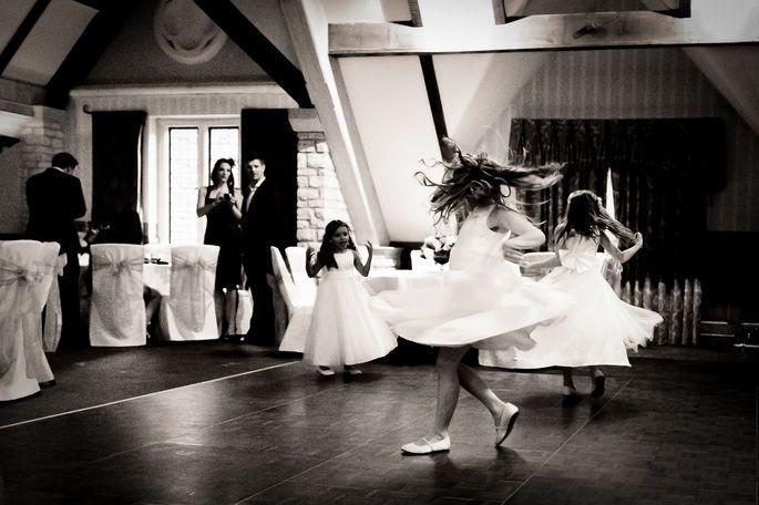 Hochzeitsband Oder Dj Welcher Unterhaltungstyp Passt Zu Ihrer Hochzeit Hochzeitsmusik Hochzeitsfotografie Hochzeit