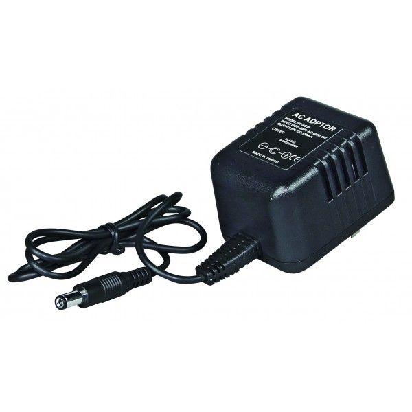 El modelo PV-AC30 es un modelo superior al PV-AC20. En este modelo, la cámara oculta no se encuentra en el transformador sino que está en el conector de alimentación.