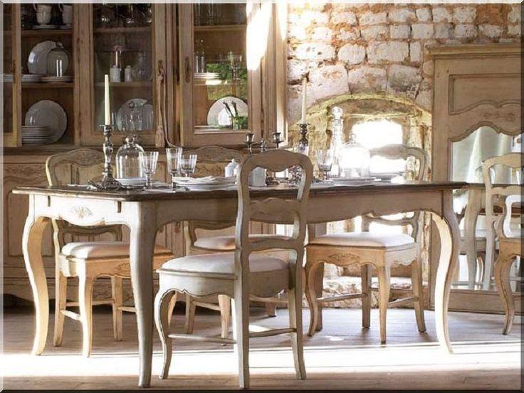 Antik étkezőasztal székekkel
