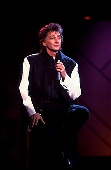 barry manilow photos new | American musician Barry Manilow performs on the 'Oprah Winfrey Show ...