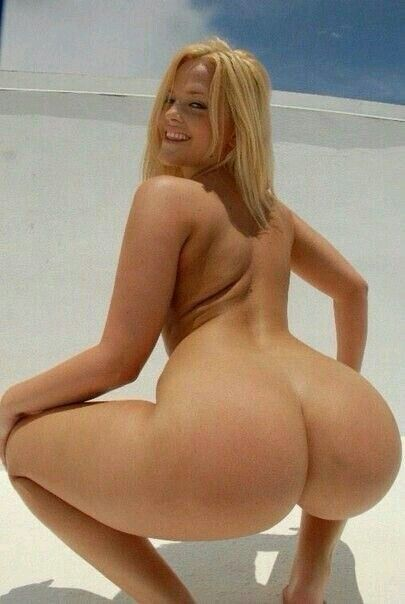Beautiful blonde model twerking amp licking ass 9