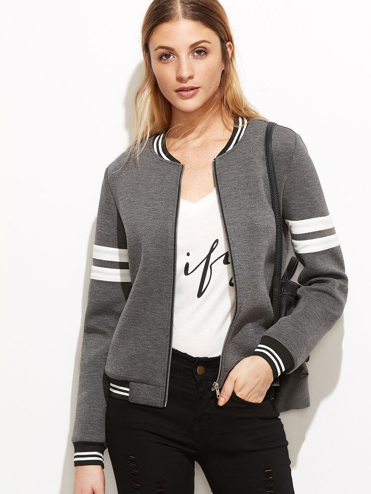 ¡Cómpralo ya!. Striped Trim Zipper Up Bomber Jacket. Grey Polyester Sports Casual Stand Collar Short Zipper Spring Fall Striped Fabric has some stretch Jackets. , chaquetabomber, bómber, bombers, bomberjacke, chamarrabomber, vestebomber, giubbottobombber, bomber. Chaqueta bomber de mujer color gris de SheIn.