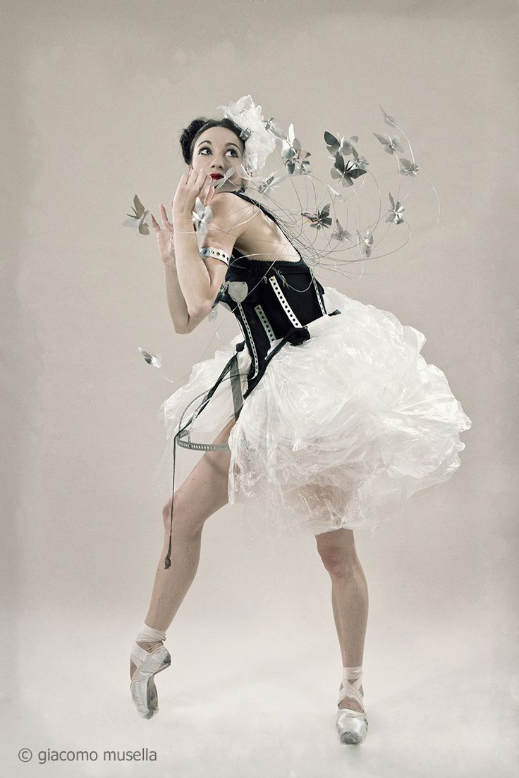 Fashion Designer - Raffaella Riccio - Bologna, Italy