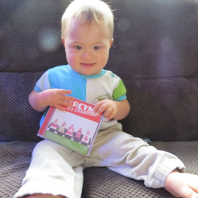 Learn to be a Mom: MercyMe It's Christmas CD! #review #giveaway