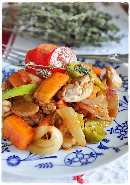 Kalandok a konyhában: Csirkés kavarma (Пилешка кавърма)