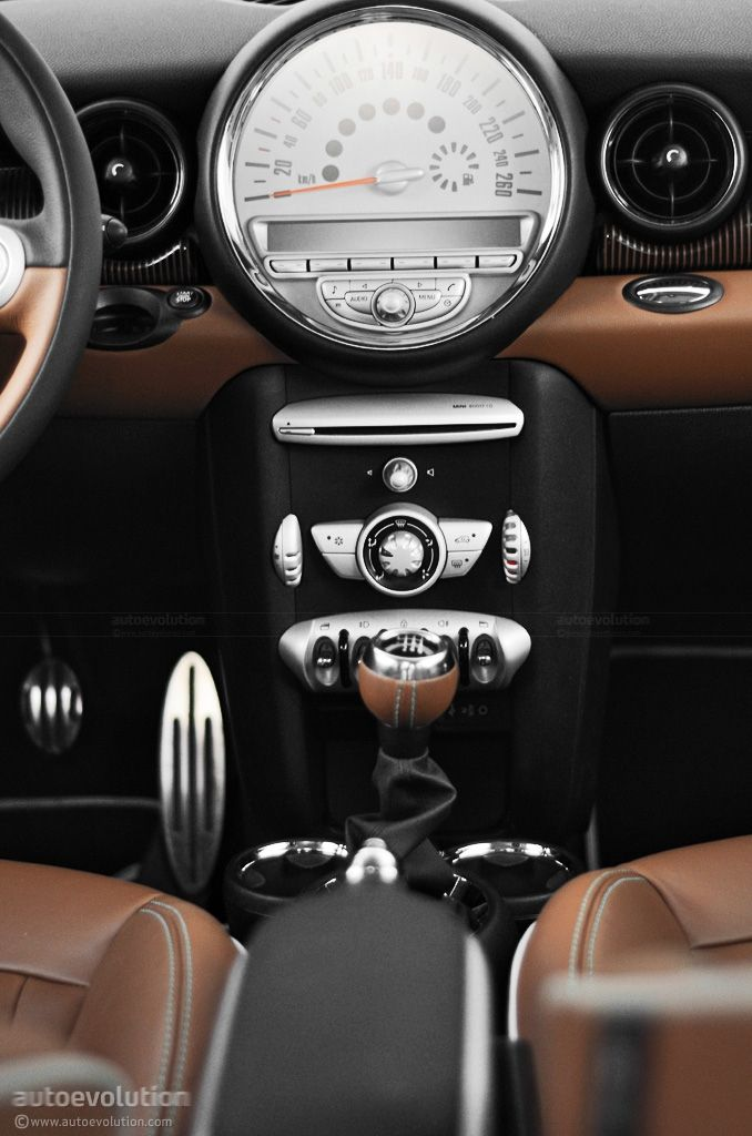 2010 Mini Cooper 50 MINI Mayfair Edition.  Hot Chocolate Metallic exterior paint, toffee interior.